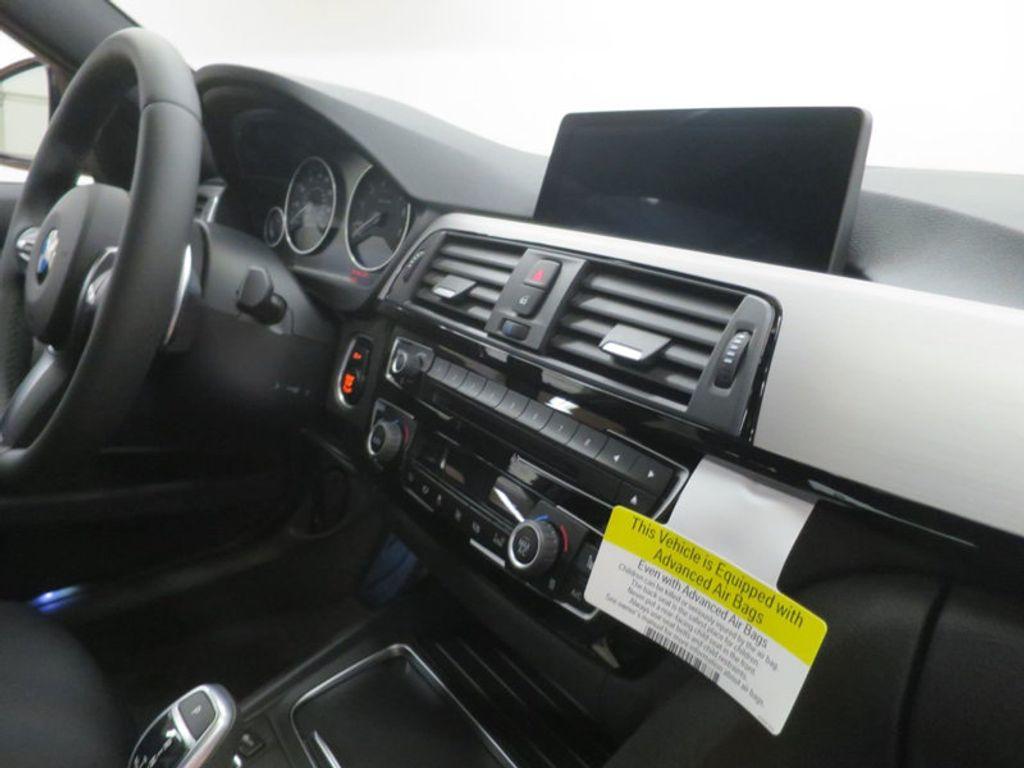 2017 BMW 3 Series 330i - 16564069 - 26