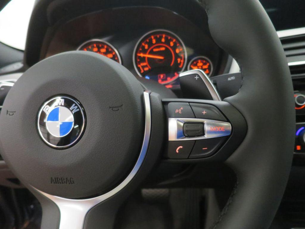2017 BMW 3 Series 330i - 16564069 - 38