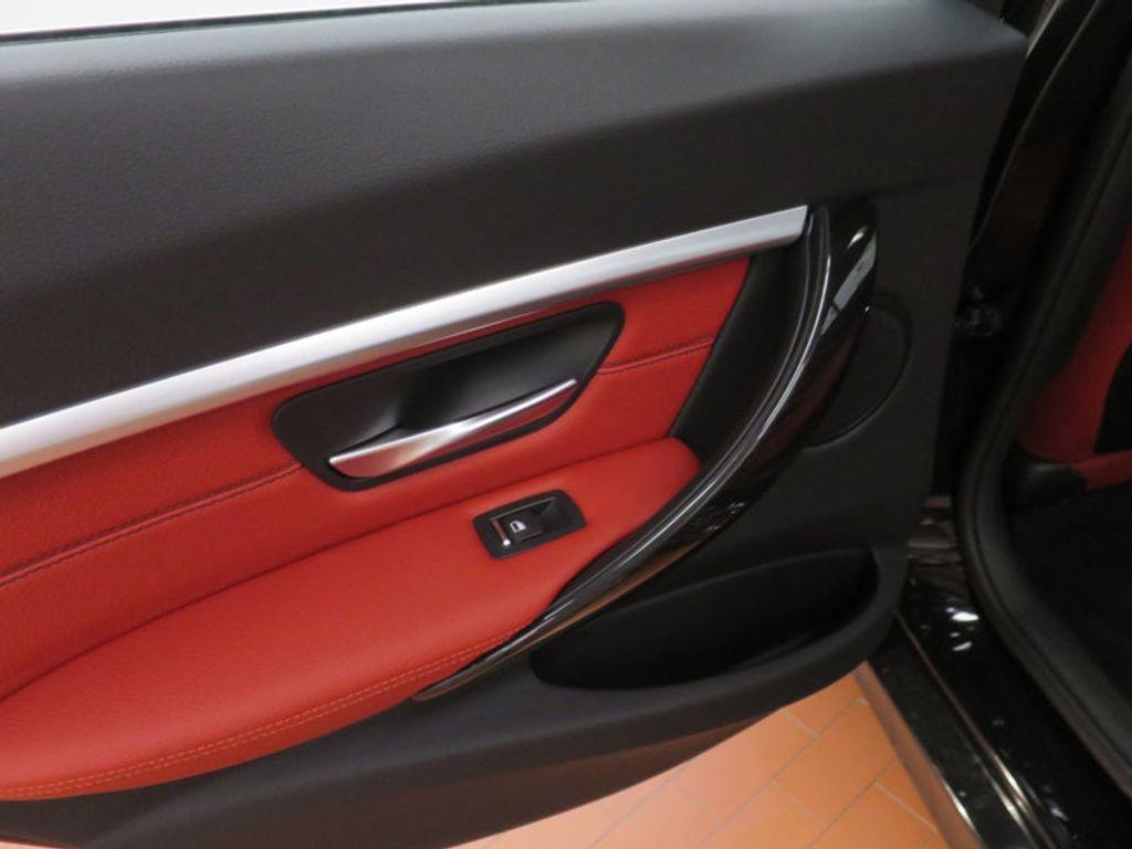 2017 BMW 3 Series 330i - 16569424 - 16
