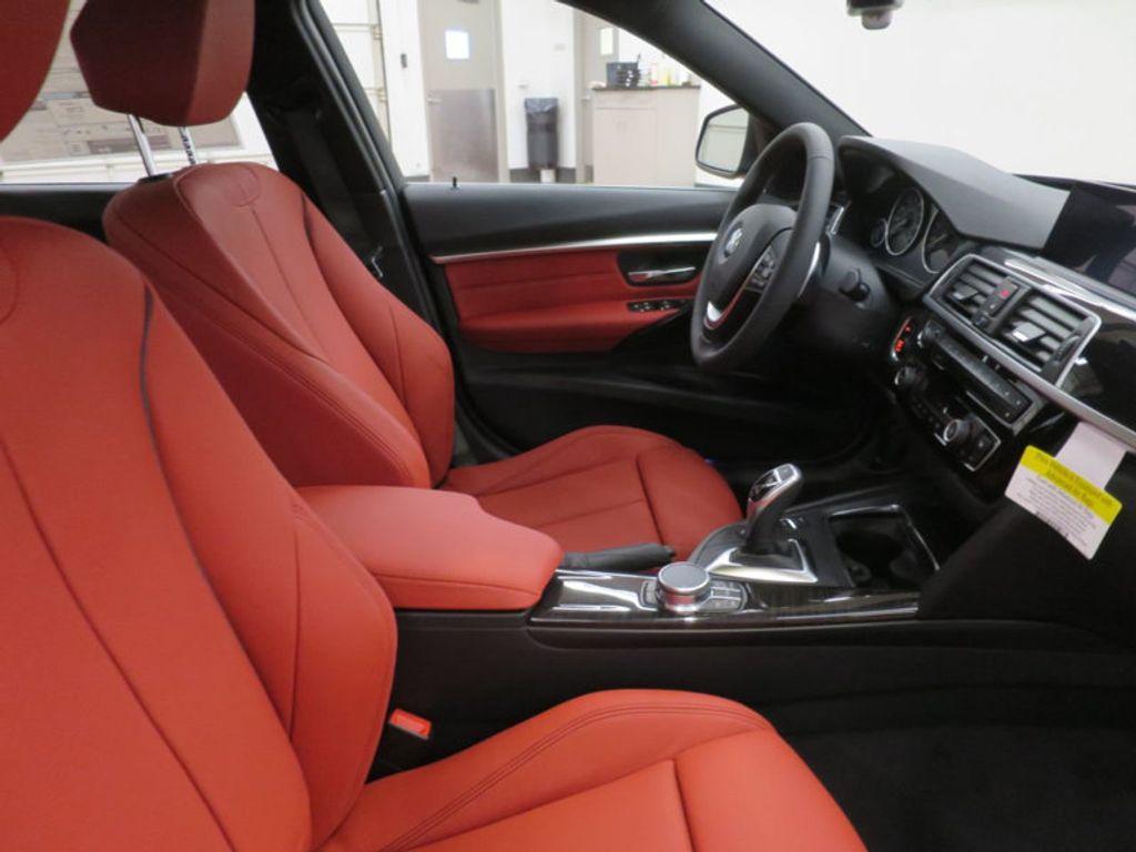 2017 BMW 3 Series 330i - 16569424 - 21