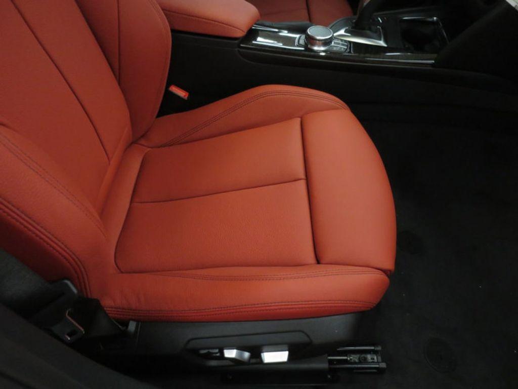 2017 BMW 3 Series 330i - 16569424 - 22