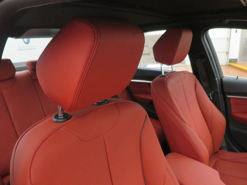 2017 BMW 3 Series 330i - 16569424 - 23