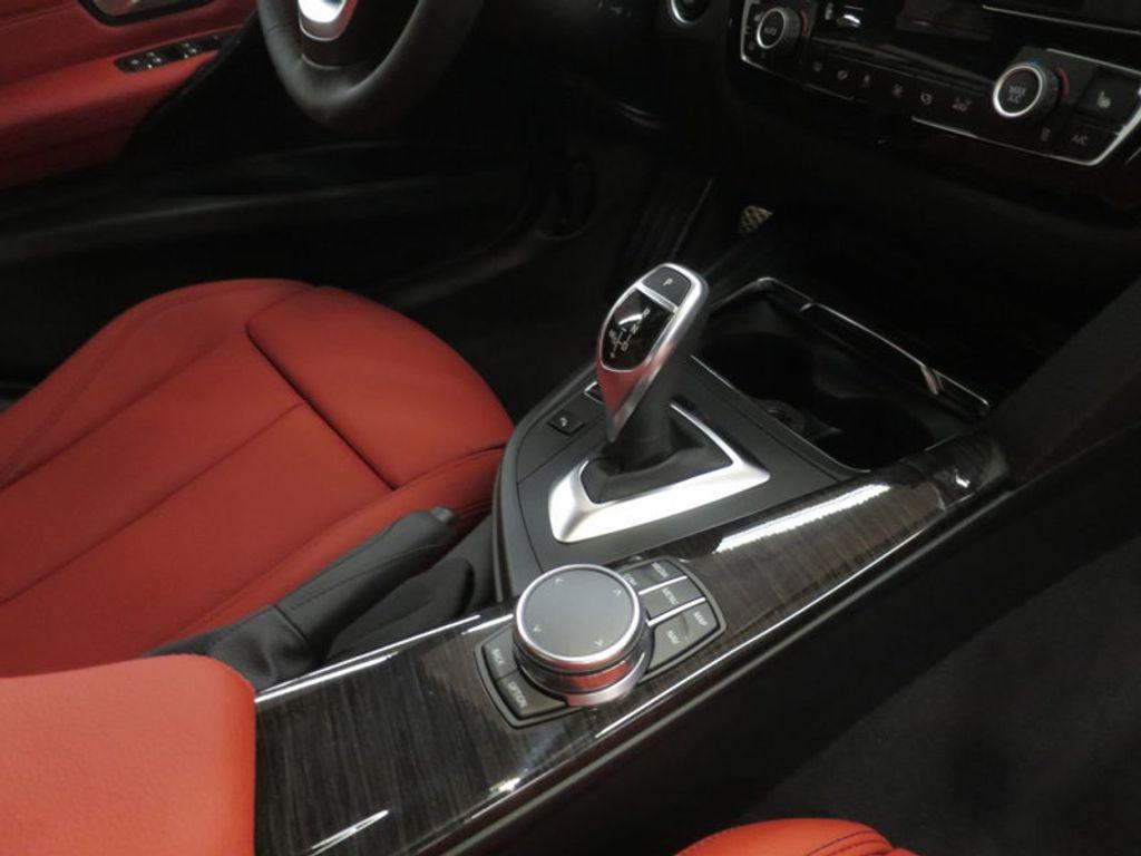 2017 BMW 3 Series 330i - 16569424 - 24