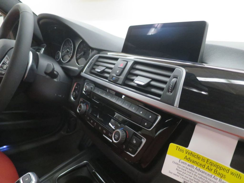 2017 BMW 3 Series 330i - 16569424 - 26