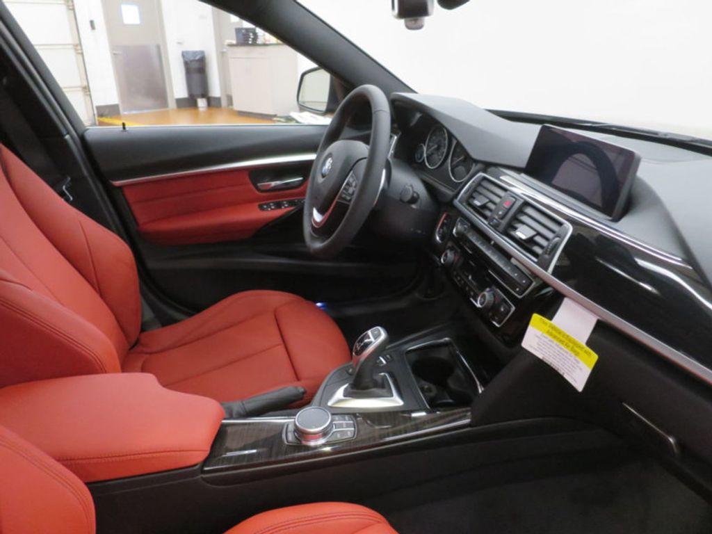 2017 BMW 3 Series 330i - 16569424 - 27