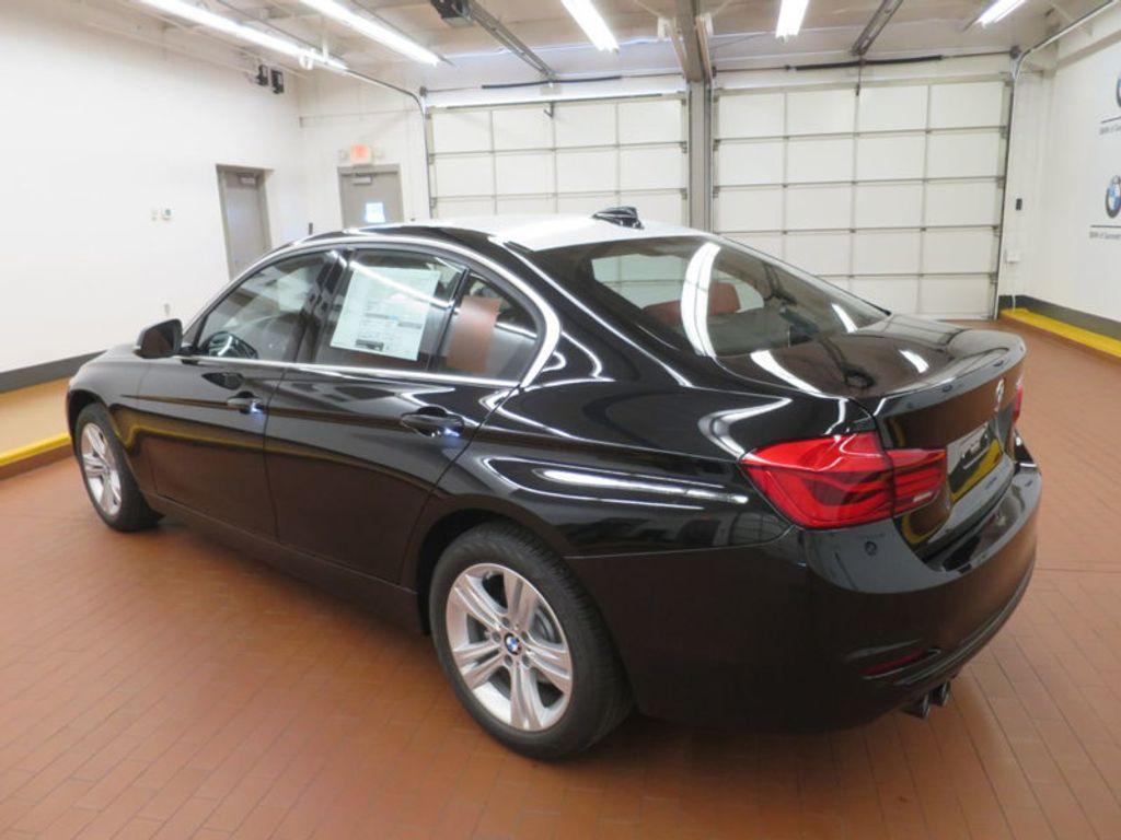 2017 BMW 3 Series 330i - 16569424 - 2