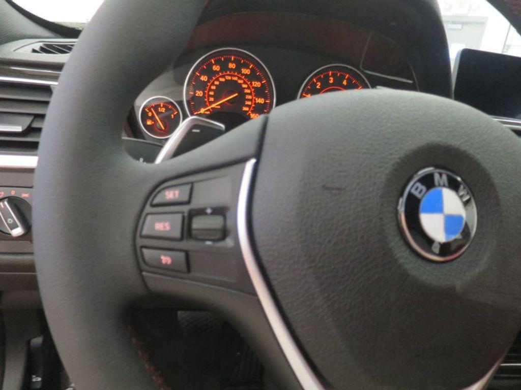 2017 BMW 3 Series 330i - 16569424 - 37
