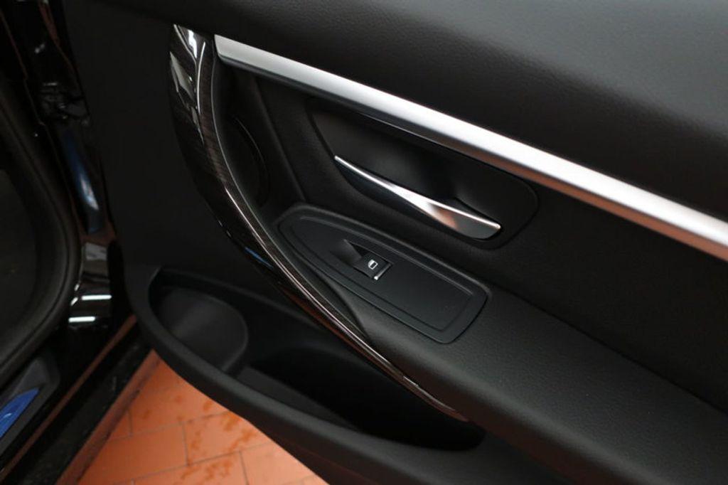 2017 BMW 3 Series 330i - 16635902 - 20