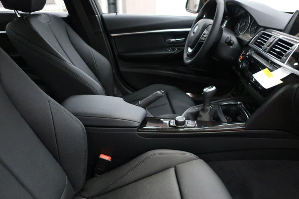 2017 BMW 3 Series 330i - 16635902 - 21