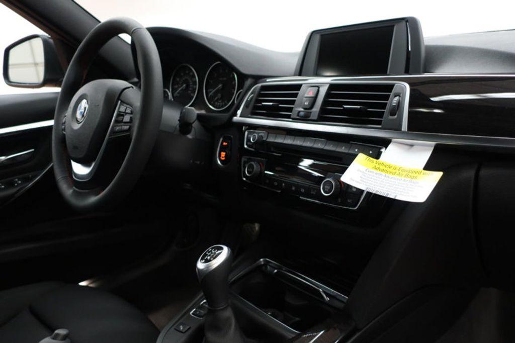2017 BMW 3 Series 330i - 16635902 - 25