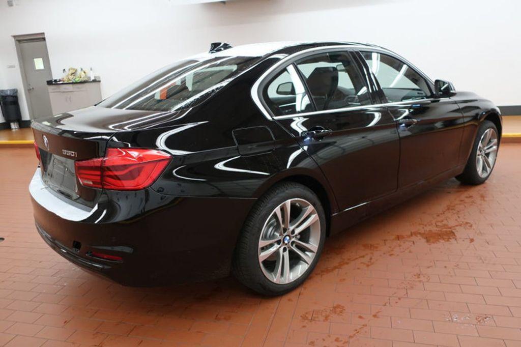 2017 BMW 3 Series 330i - 16635902 - 3