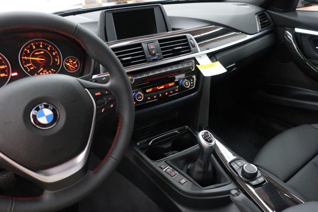 2017 BMW 3 Series 330i - 16635902 - 42