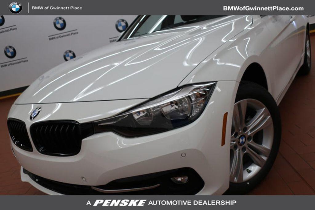 2017 BMW 3 Series 330i - 16640640 - 0