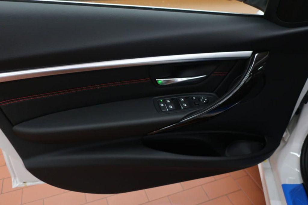 2017 BMW 3 Series 330i - 16640640 - 9