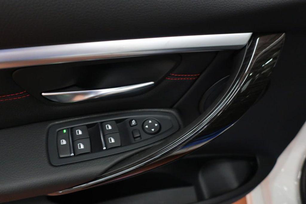 2017 BMW 3 Series 330i - 16640640 - 10