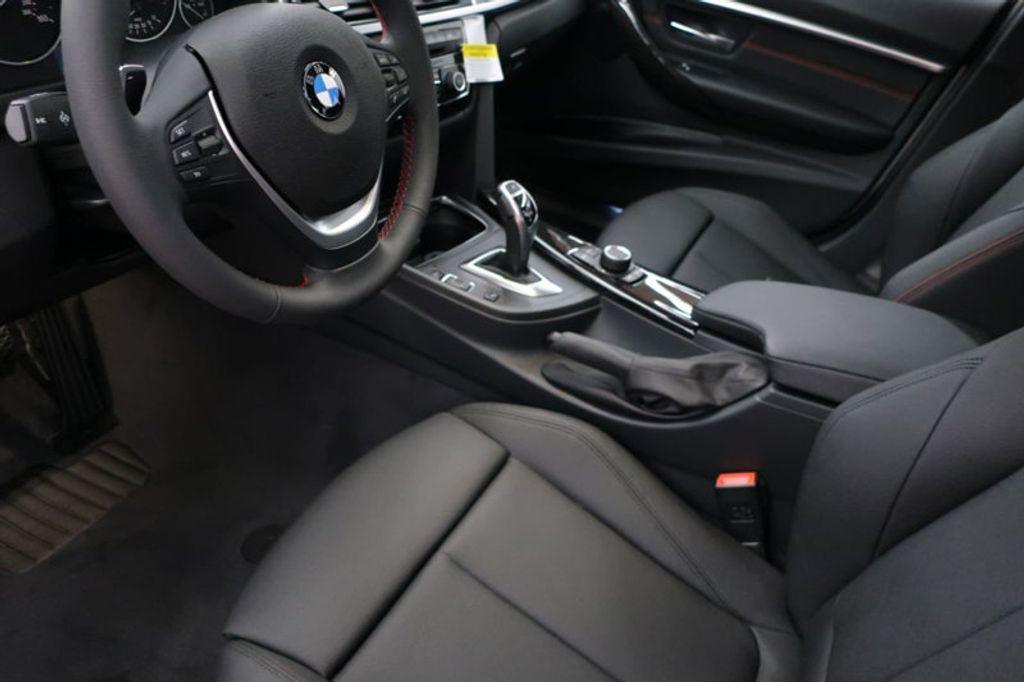 2017 BMW 3 Series 330i - 16640640 - 11