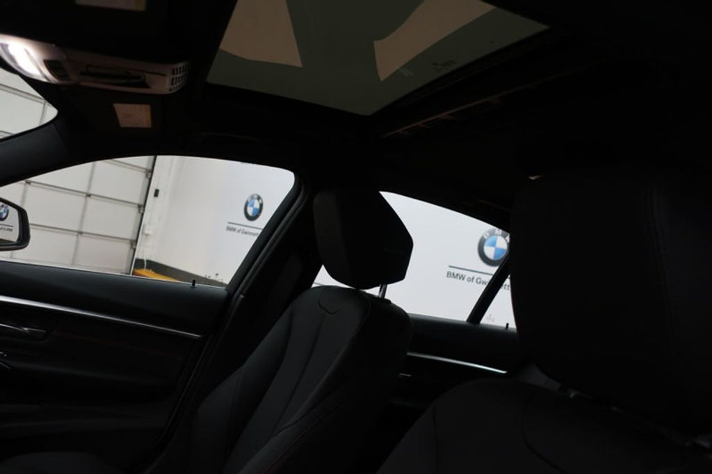 2017 BMW 3 Series 330i - 16640640 - 16