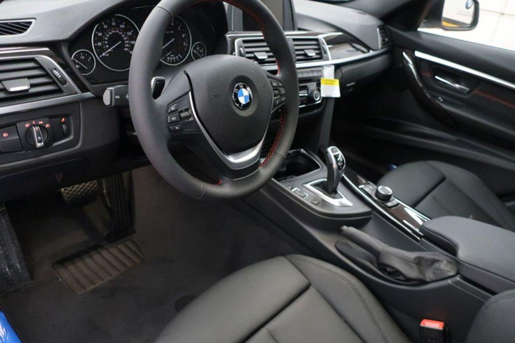 2017 BMW 3 Series 330i - 16640640 - 17