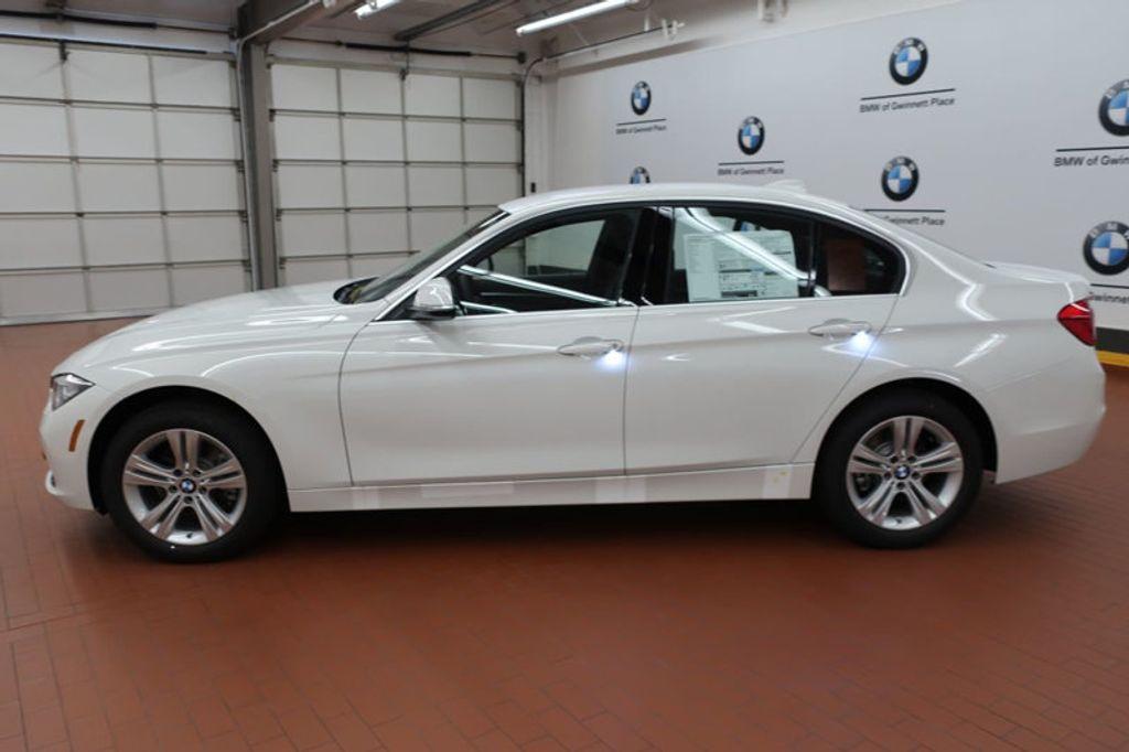 2017 BMW 3 Series 330i - 16640640 - 1