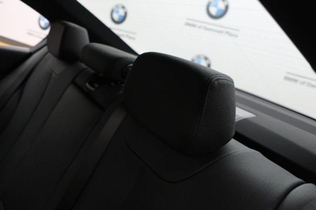 2017 BMW 3 Series 330i - 16640640 - 23