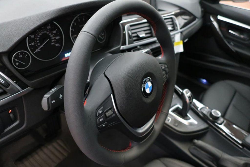 2017 BMW 3 Series 330i - 16640640 - 33