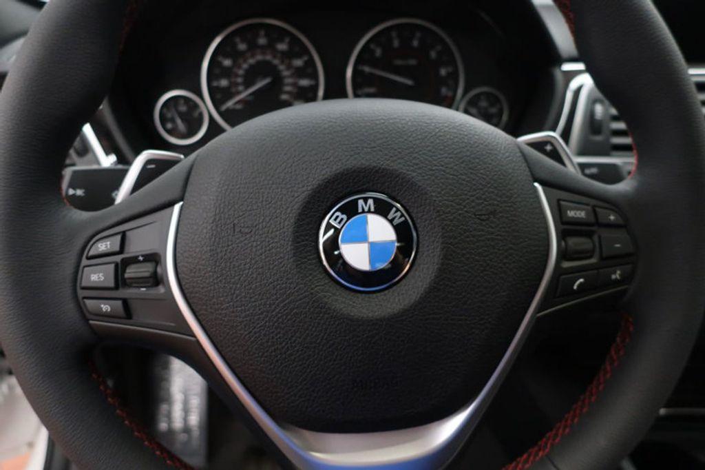 2017 BMW 3 Series 330i - 16640640 - 36