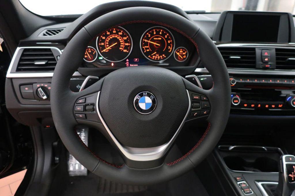 2017 BMW 3 Series 330i - 16640641 - 39
