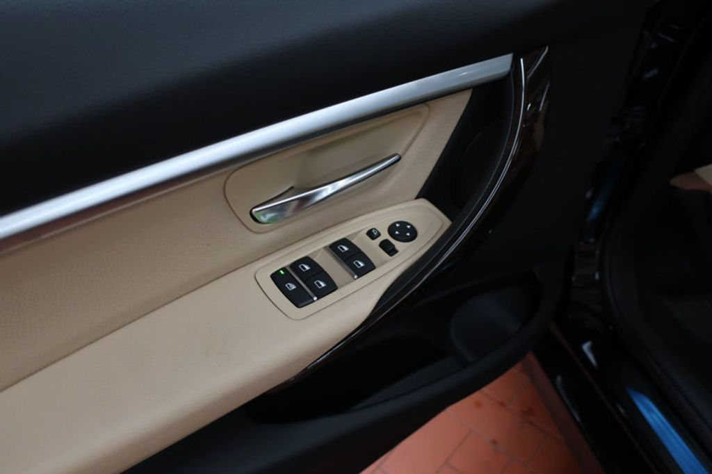 2017 BMW 3 Series 330i - 16640643 - 12