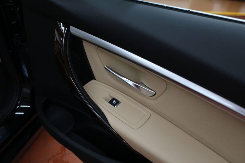 2017 BMW 3 Series 330i - 16640643 - 21