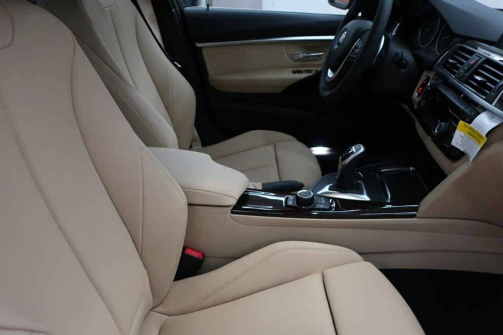 2017 BMW 3 Series 330i - 16640643 - 22