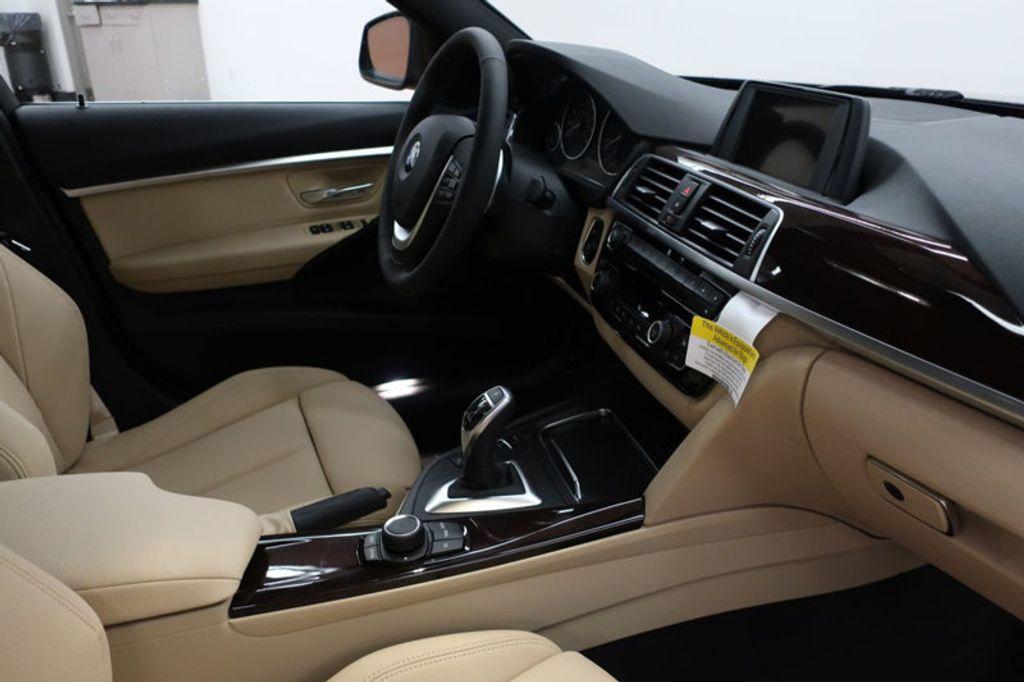 2017 BMW 3 Series 330i - 16640643 - 28