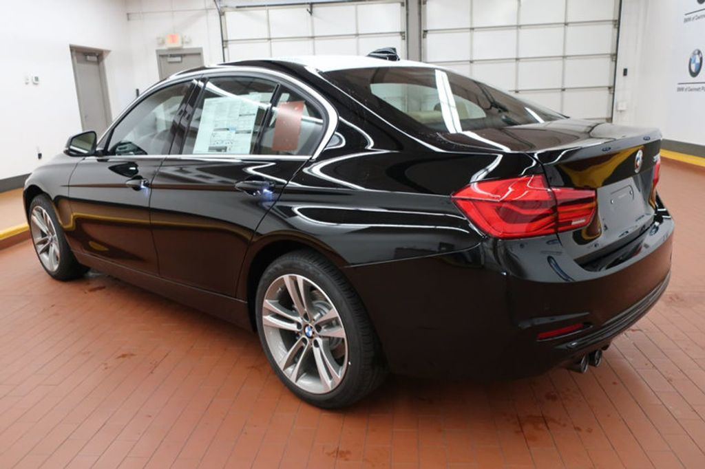 2017 BMW 3 Series 330i - 16640643 - 2