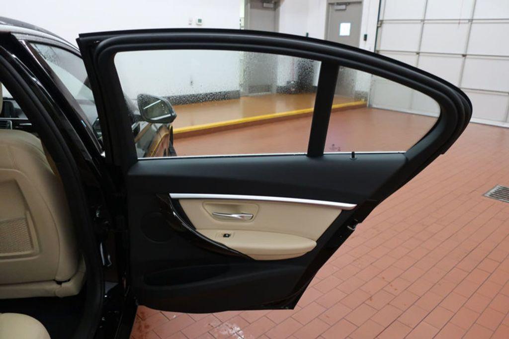 2017 BMW 3 Series 330i - 16640643 - 30