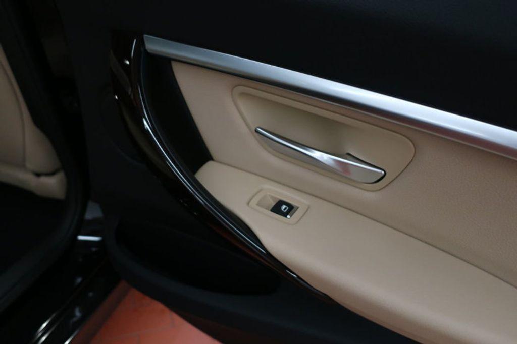 2017 BMW 3 Series 330i - 16640643 - 31