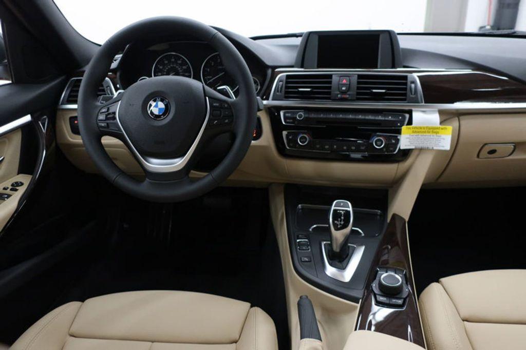 2017 BMW 3 Series 330i - 16640643 - 34