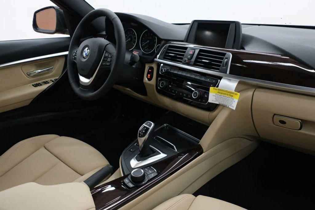 2017 BMW 3 Series 330i - 16640643 - 35