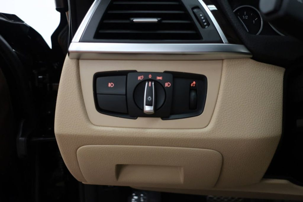 2017 BMW 3 Series 330i - 16640643 - 37