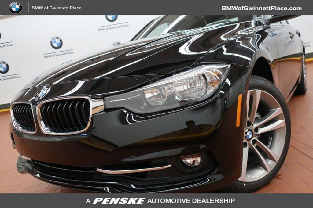 2017 BMW 3 Series 330i - 16640645 - 0