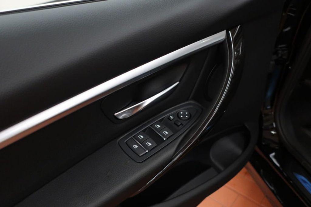 2017 BMW 3 Series 330i - 16640645 - 11