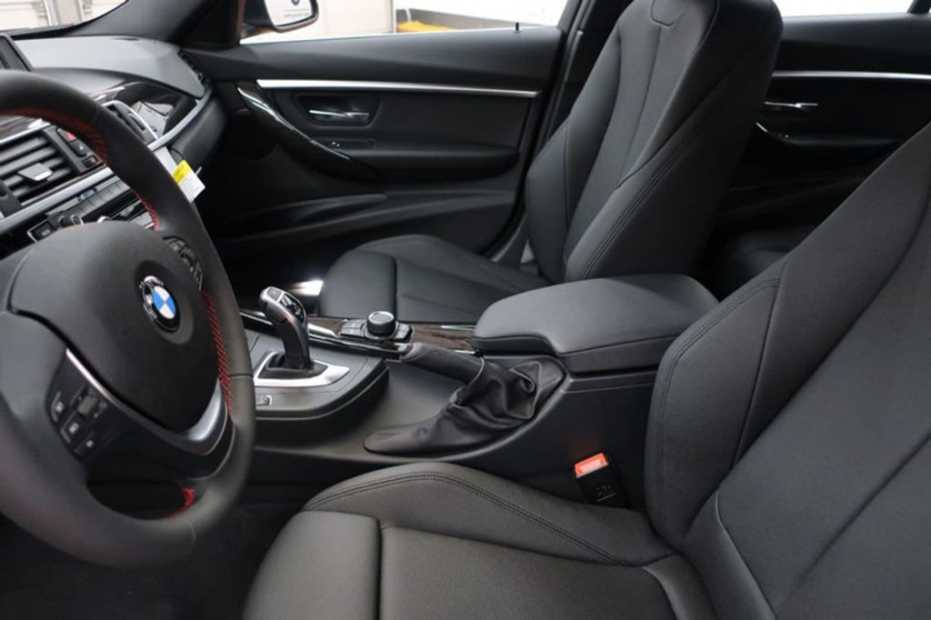2017 BMW 3 Series 330i - 16640645 - 12