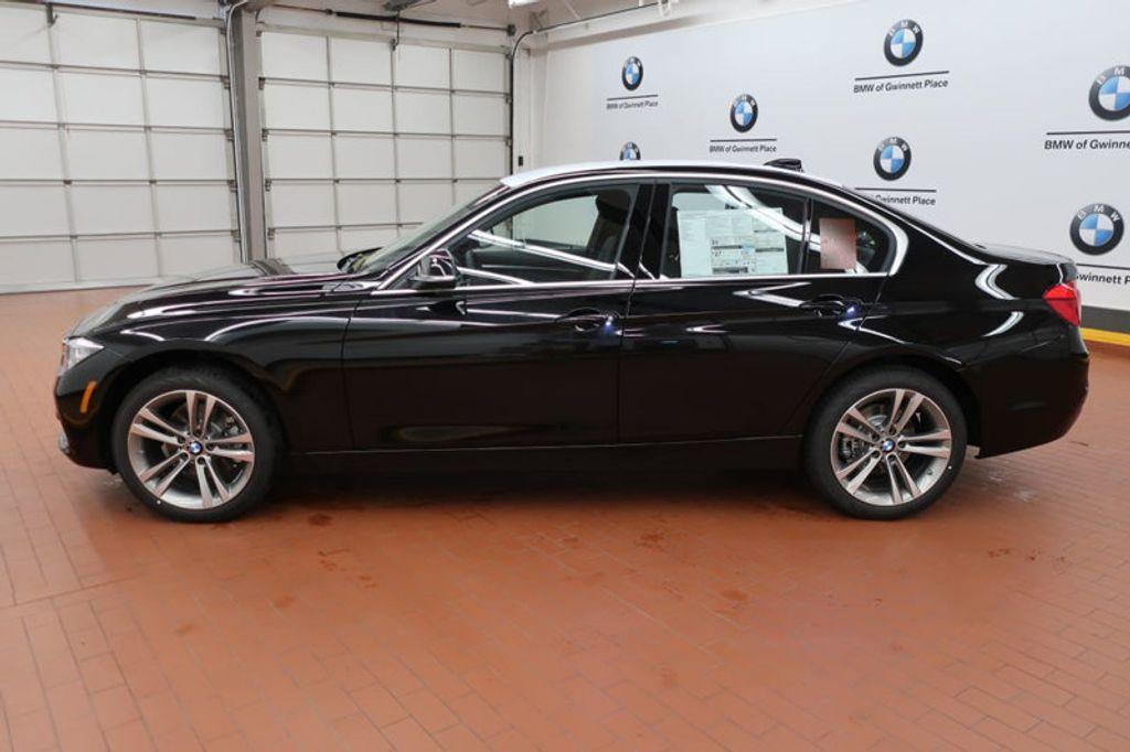 2017 BMW 3 Series 330i - 16640645 - 1
