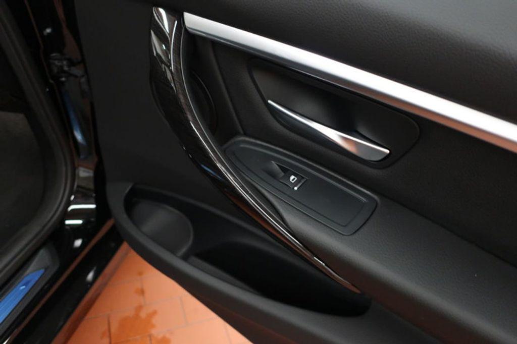 2017 BMW 3 Series 330i - 16640645 - 20