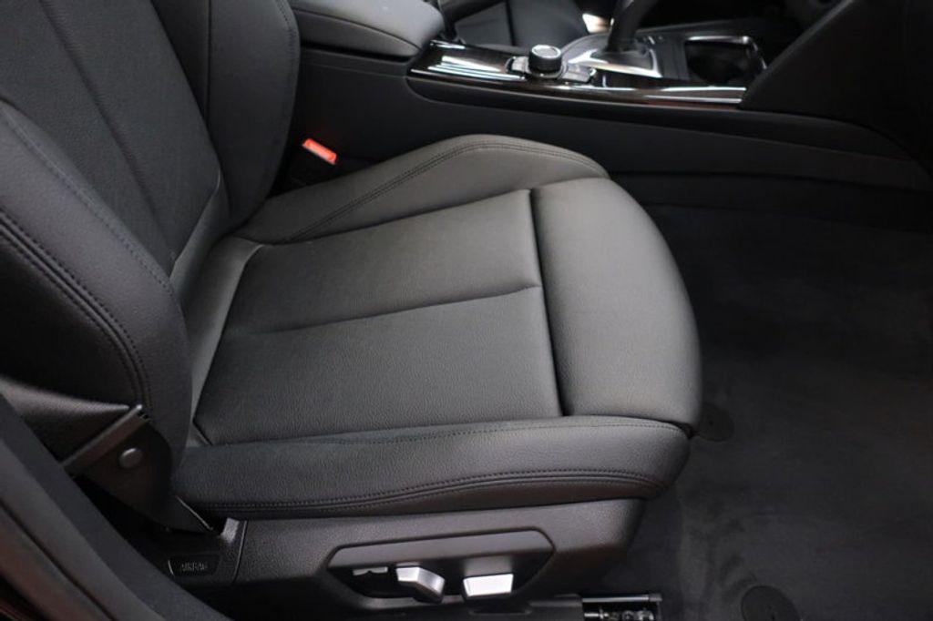 2017 BMW 3 Series 330i - 16640645 - 22
