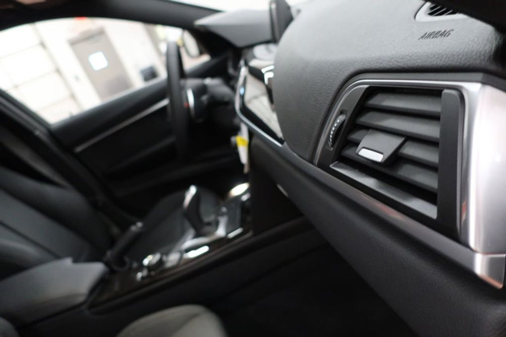2017 BMW 3 Series 330i - 16640645 - 28