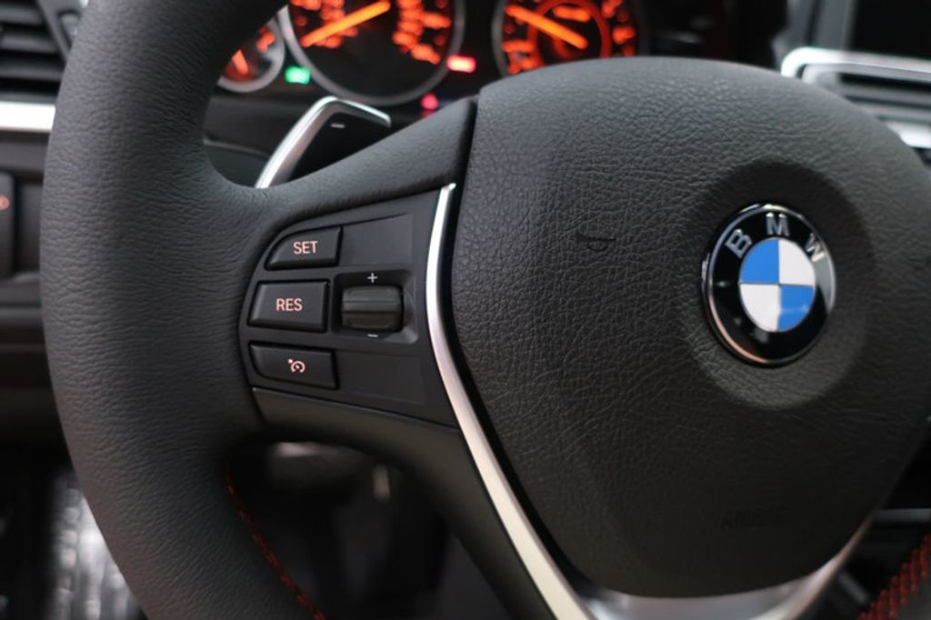 2017 BMW 3 Series 330i - 16640645 - 36