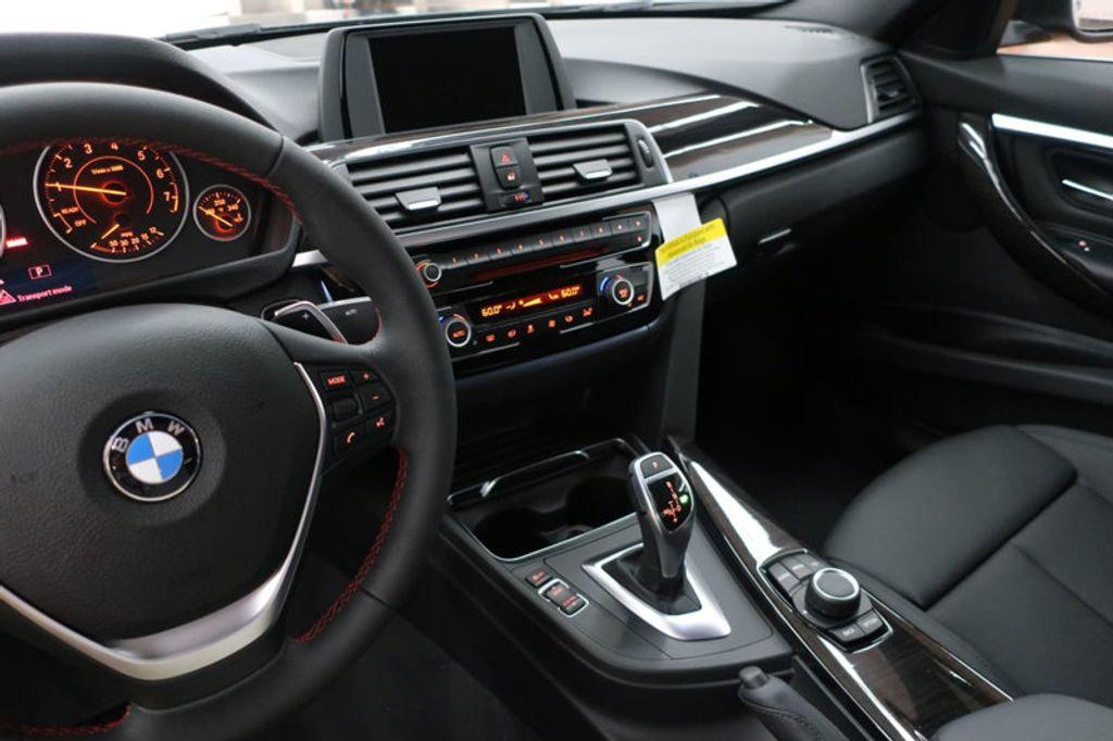 2017 BMW 3 Series 330i - 16640645 - 42