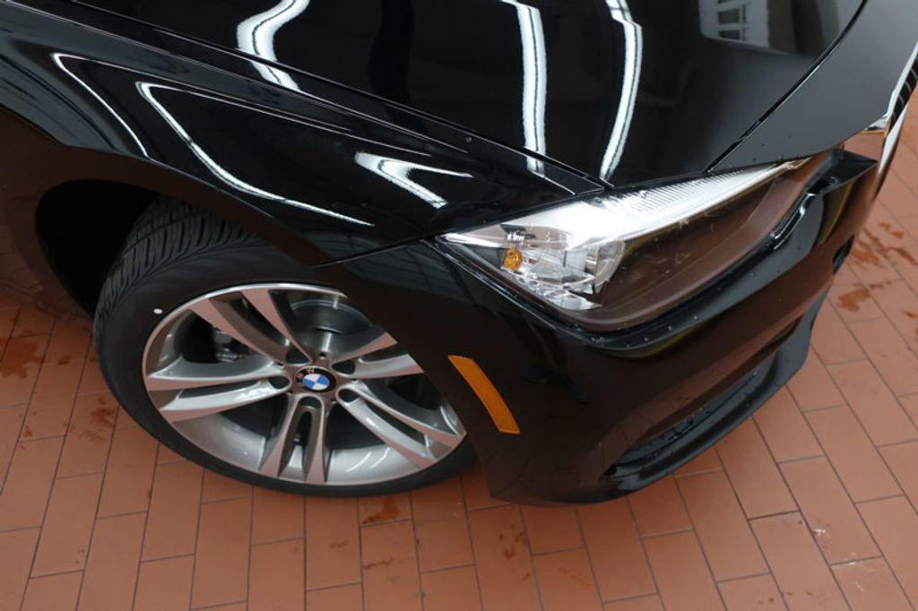 2017 BMW 3 Series 330i - 16640645 - 6