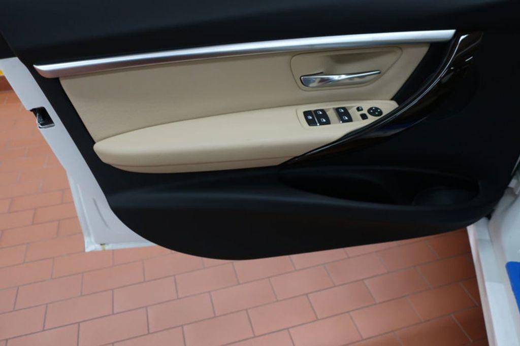 2017 BMW 3 Series 330i - 16640646 - 9