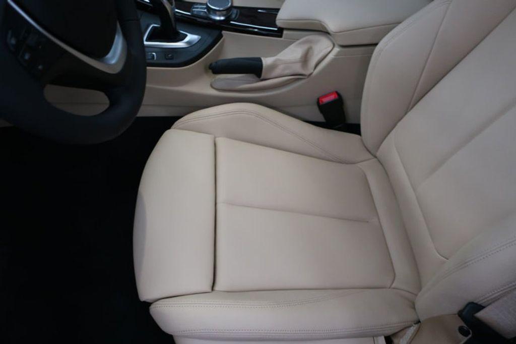 2017 BMW 3 Series 330i - 16640646 - 12
