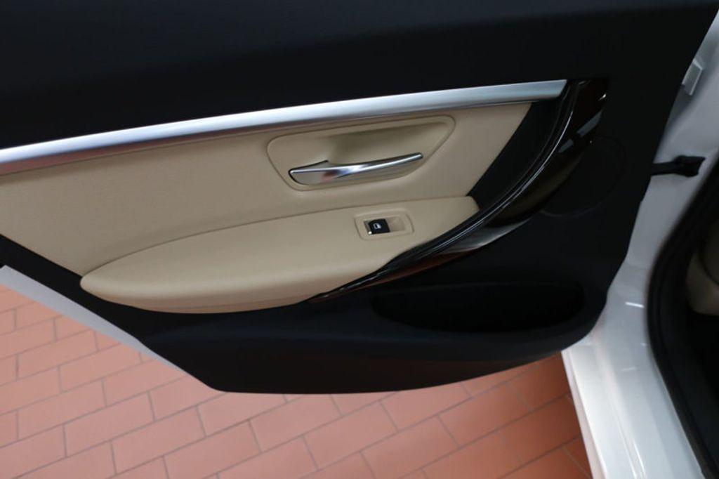 2017 BMW 3 Series 330i - 16640646 - 17